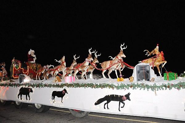 santa parade 2013_405.jpg
