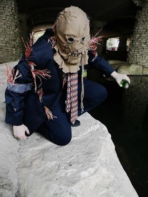 sj_con__scarecrow_cosplay_by_blitzkriegexstacy-d5b0dj1.jpg