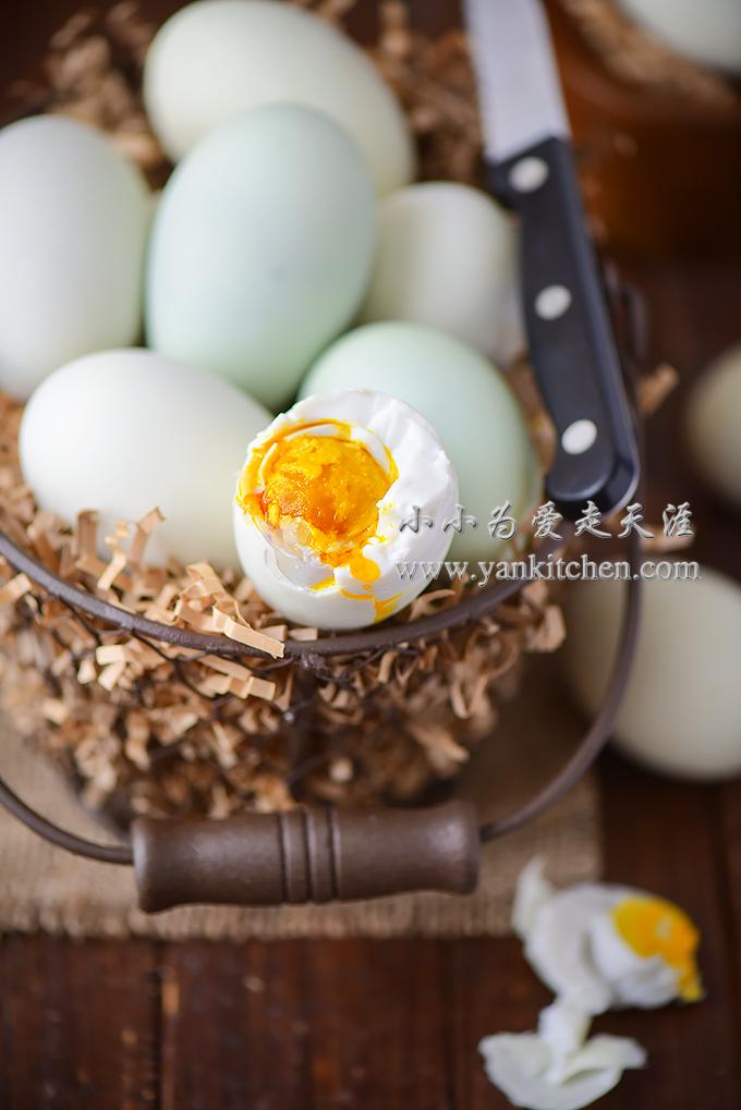 salted duck eggs.jpg