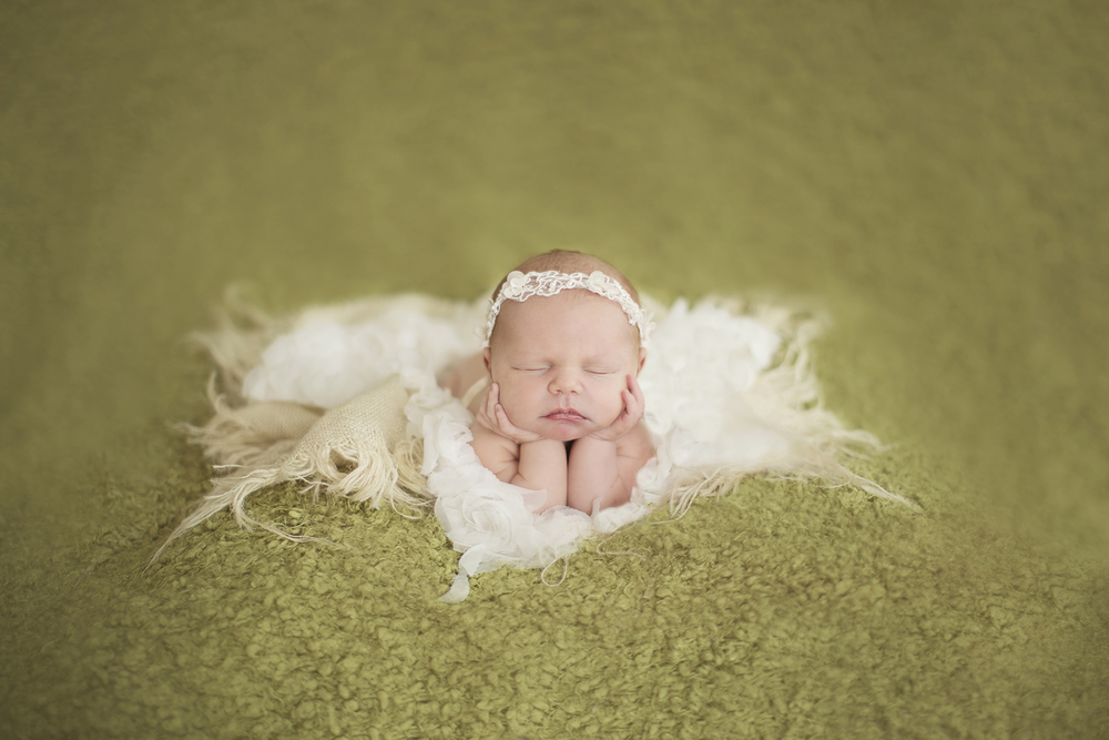 Watertown NY newborn photograhper