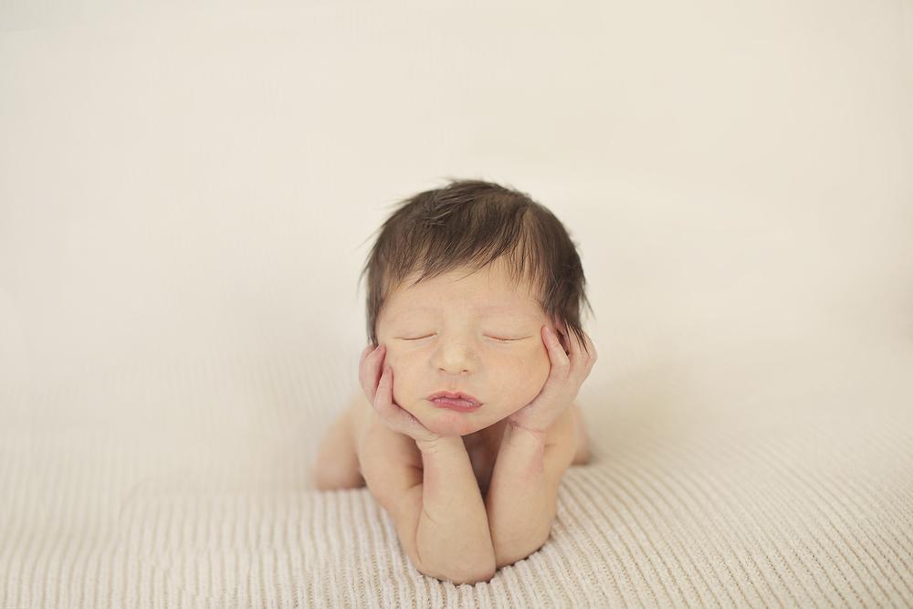 Syracuse NY newborn photography