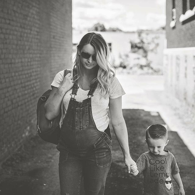 Hubby grabbed some pictures of me and this cool kid. 😎✌️ oh yeah- remember that gorgeous @greyfoxandcompany diaper bag of mine I showed you guys in my blog last week?! I will be sharing a DISCOUNT CODE TOMORROW! 😱