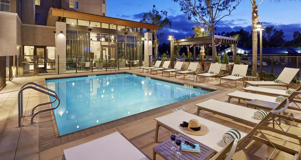 homewood-suites-sandiego-pool.jpg