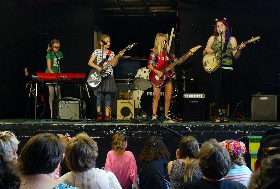 girlsrock2015-2.jpg