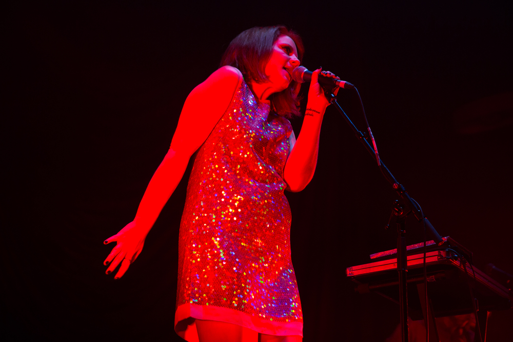 YZ opening for   Lorde   in Auckland, d  ress by Marc Jacobs thanks to    H  elen Cherry/Workshop  . Photo by Helen Cherry/Workshop.