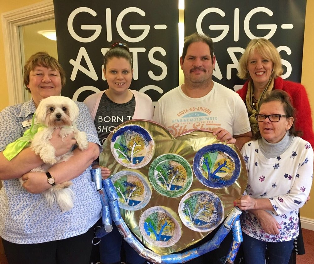 Gig-Arts Giving at the Homestead Carehome in Carterton