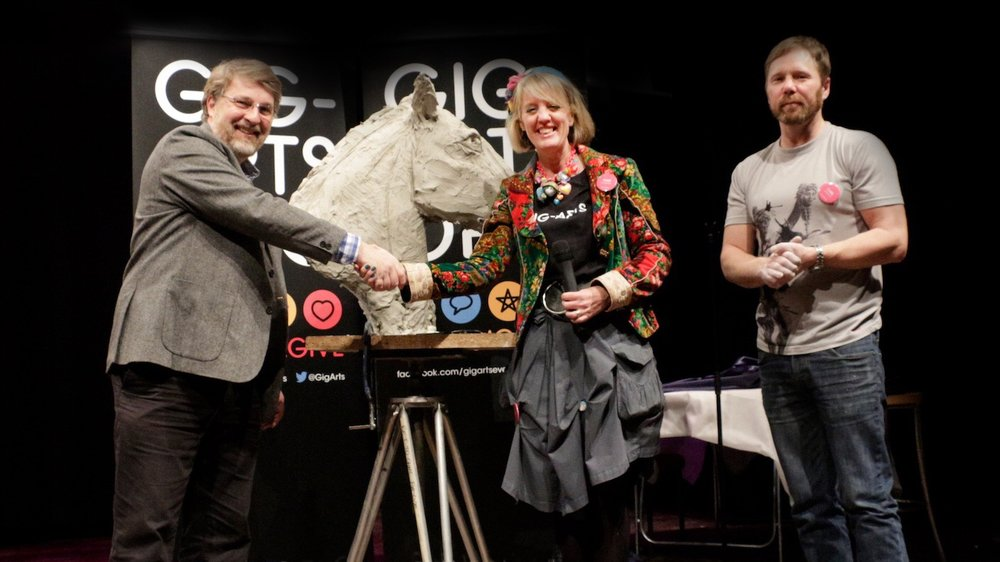 The Gig-Arts Giving Ceremony - Abbie Cooke presents the Banbury Horse Head to Dean Cooke from the Frank Wise School Sixth Form.