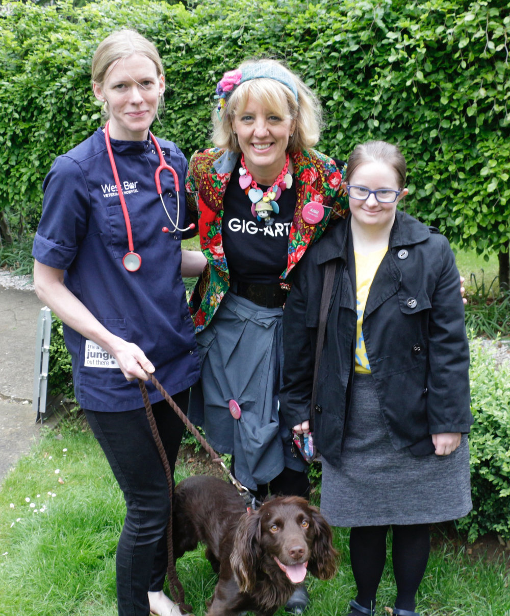 Meeting the veterinary surgeon and her dog at West Bar Vets