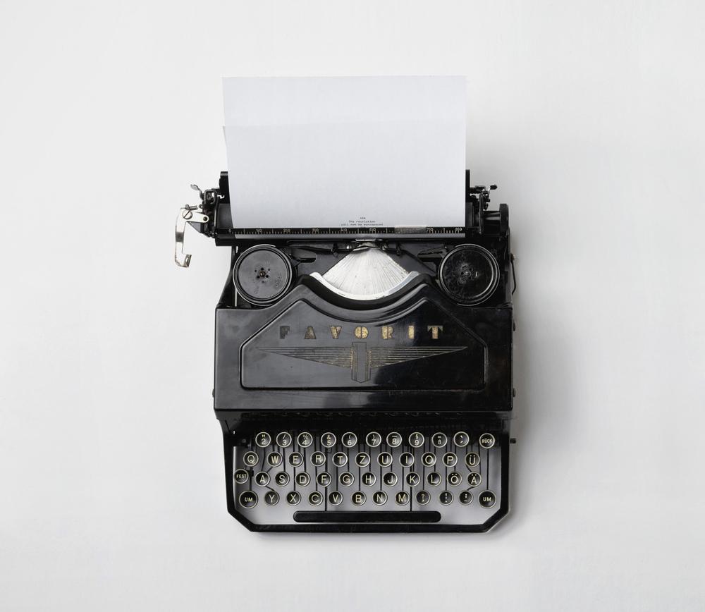 alder-favorit-typewriter.jpg