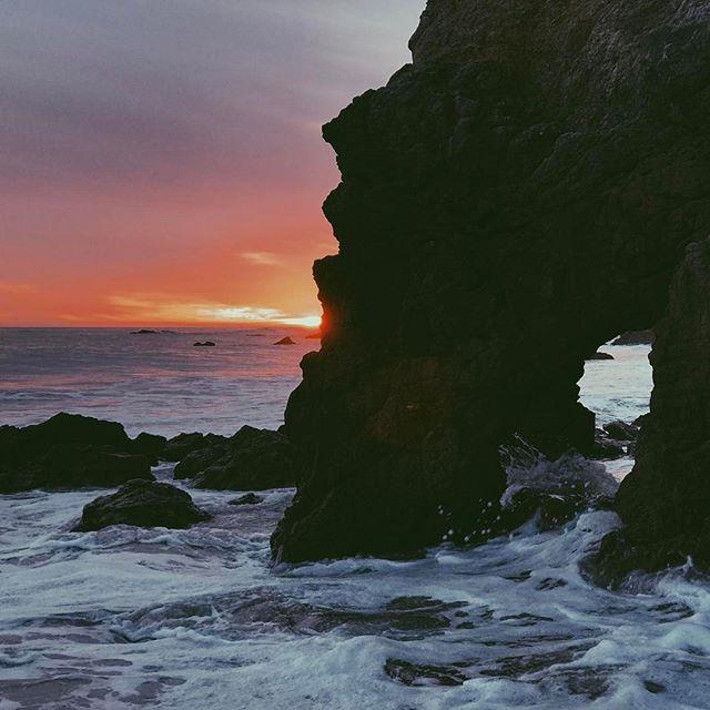 #photography #sunrise #sunset #malibu #cali #california #vsco #photography #vscocam #vscogrid  #travel #usa #la #losangeles