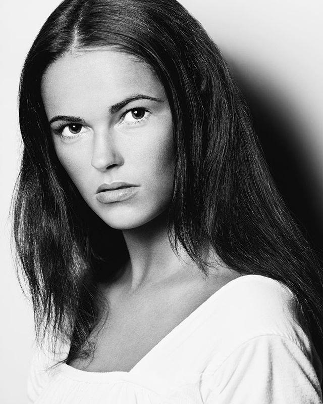 #vsco #vscocam #vscogrid #model #portrait #bw #photography #modeling