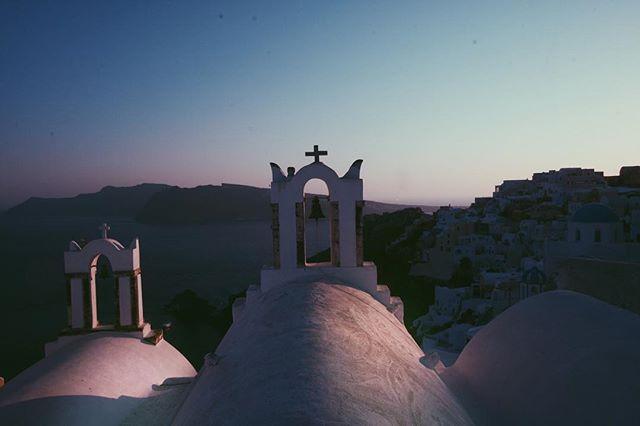 #photography #vsco #vscocam #vscogrid #santorini #oia #greece #sunset #landscape #travel #instagood