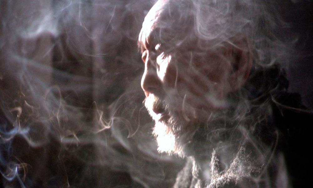 06-Dunkai-Smoking-WEB.jpg