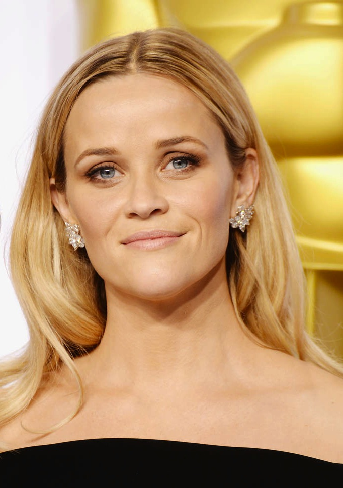 reese-witherspoon-oscars-23feb15-08.jpg