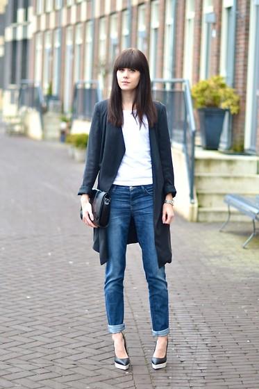 2878621_outfit_boyfriend_jeans_stella_mccartney_heels_chic_look.jpg