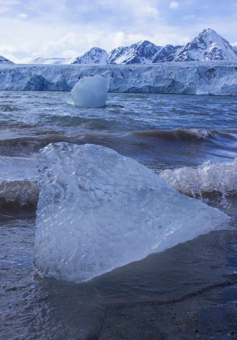 three ice_glacier_sea ice_berg.jpg