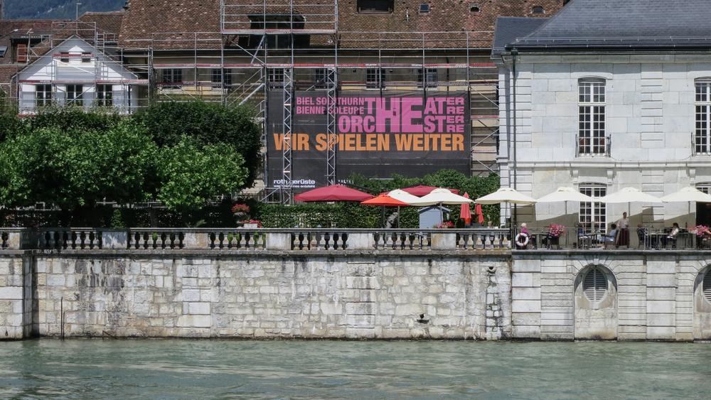 Theater-Gitternetz.jpg