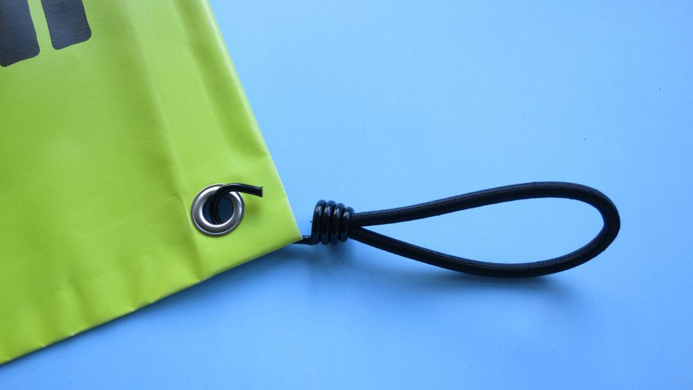 Spannfix - Gummizug oder Gummiseil zum spannen und befestigen von Werbebannern.