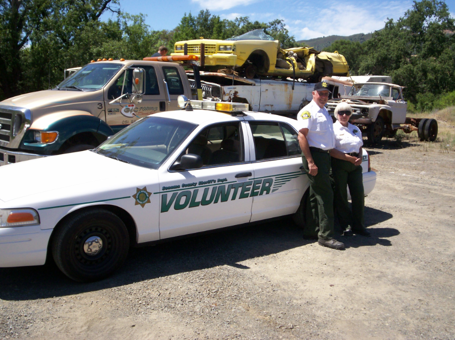Abandoned vehicle abatement volunteers