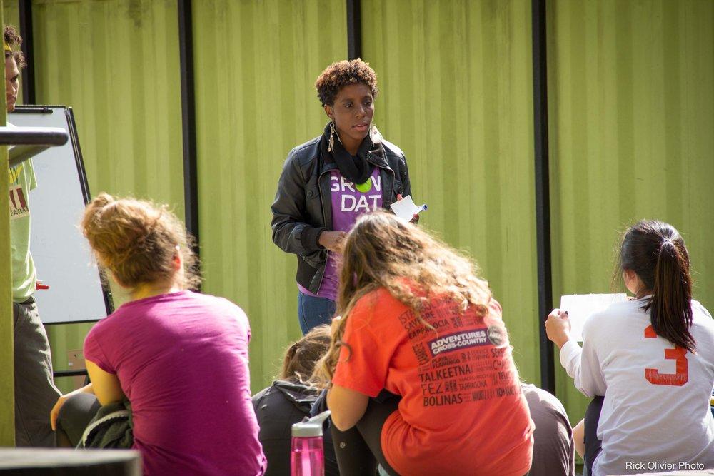 Crew Leader Yasmin Davis teaching Tulane students in the Taylor Center's Social Innovation and Social Entrepreneurship Program.