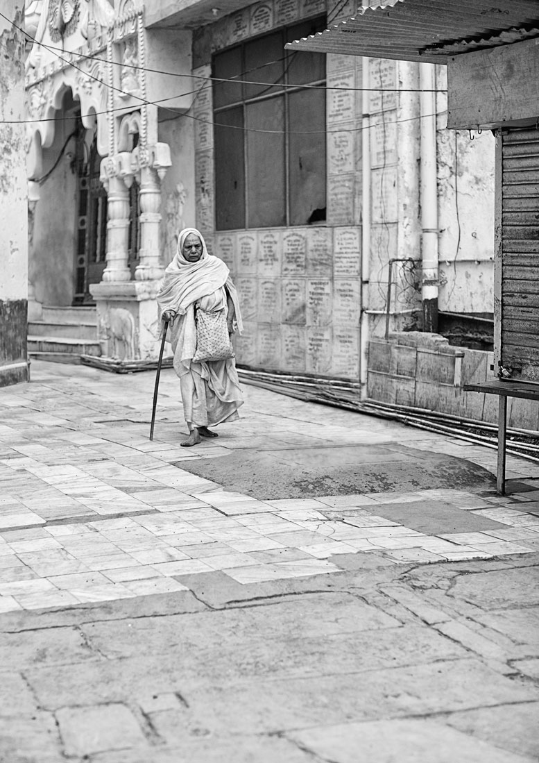 widows of vrindavan :: walking to the temple.jpg