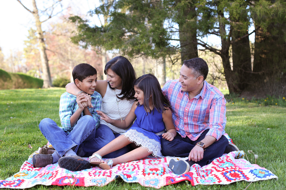 Shah Family captured in a mikifoto mini session