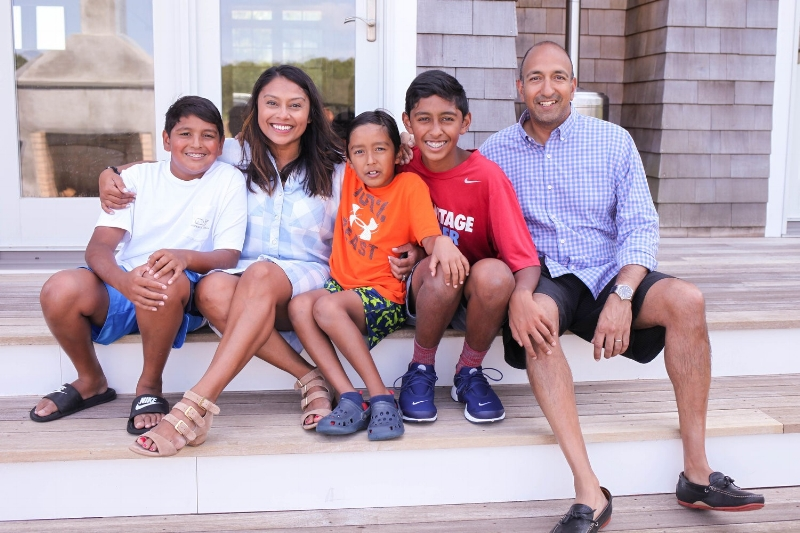 mallika-family-photo