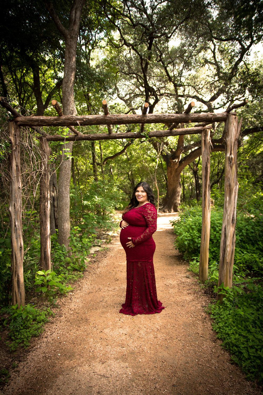 Alicia Maternity Edited (3).jpg