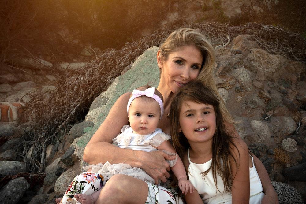 Amy & Daughters (14).jpg