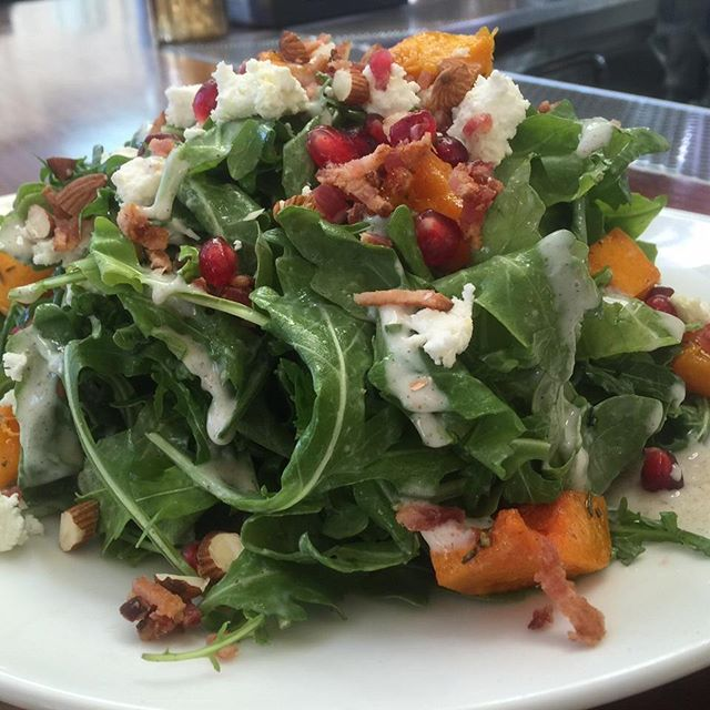 Come try our new seasonal Butternut Squash Salad on this beautiful fall day. Greens topped with butternut squash, goat cheese, bacon, almond, pomegranate, and coriander cream dressing. #Yum #alameda #cinemagrill #bayareaeats #bayareadrinks #bayareafoodie #realfood #foodgram #alamedafood #bayareafood