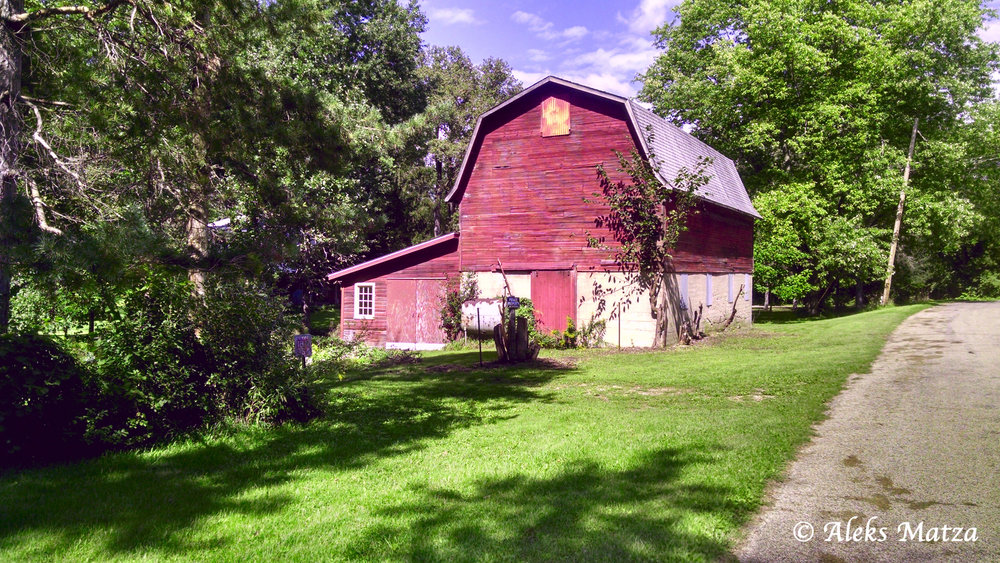 Roadside Barn 2.jpg