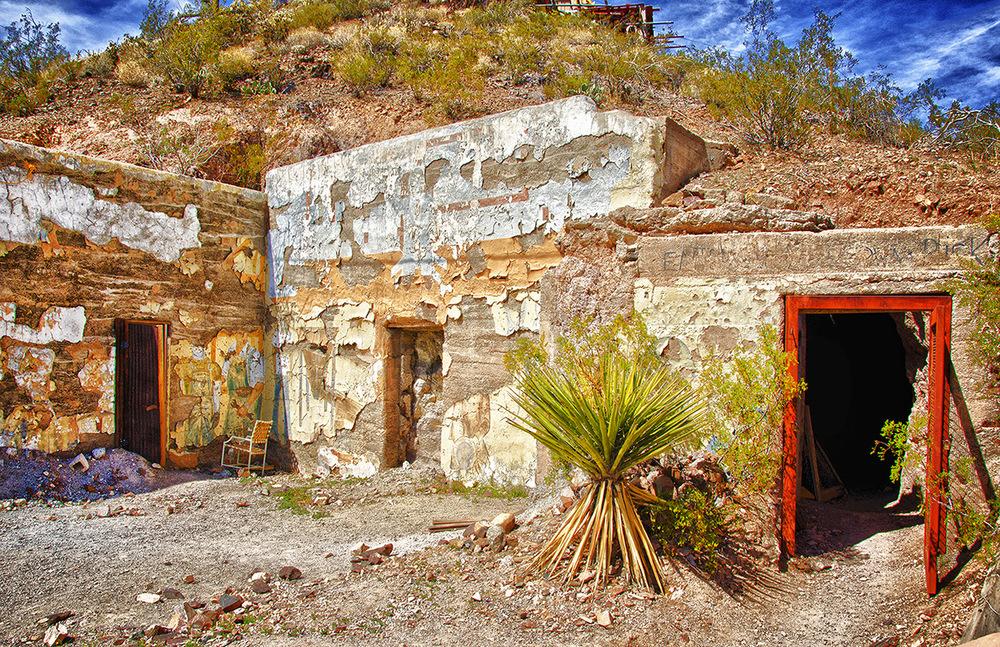 Old Oatman Mine