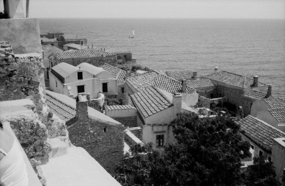 Monemvasia_cliff.jpg