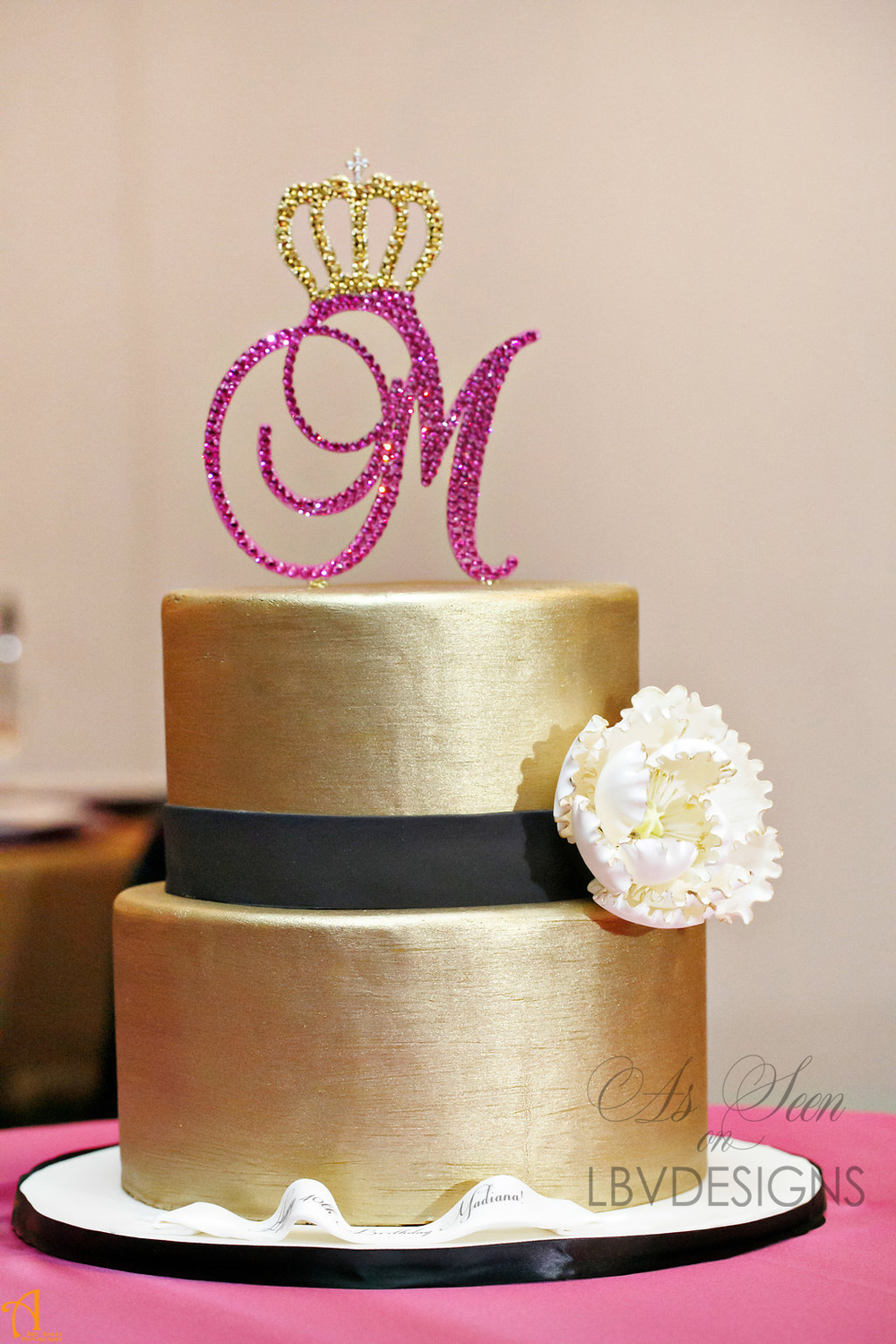 LBVDesigns_cake_topper_royal_swarovski_monogram_bcakeny.jpg