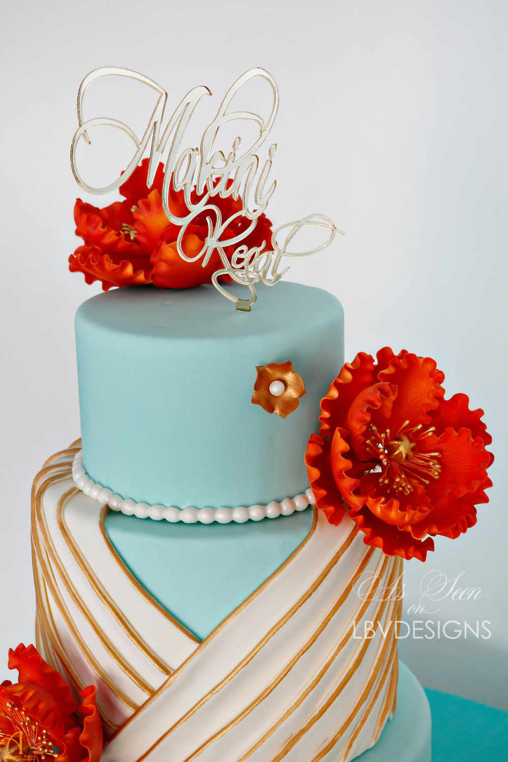 Makini_Cake_topper_gold_mirror.jpg