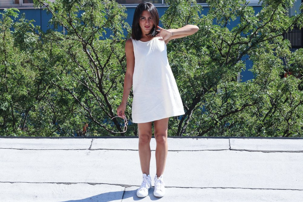 Dress:    Forever 21    //   Shoes:      Converse    //   Sunnies:   Sugar and Style  (similar  here ).