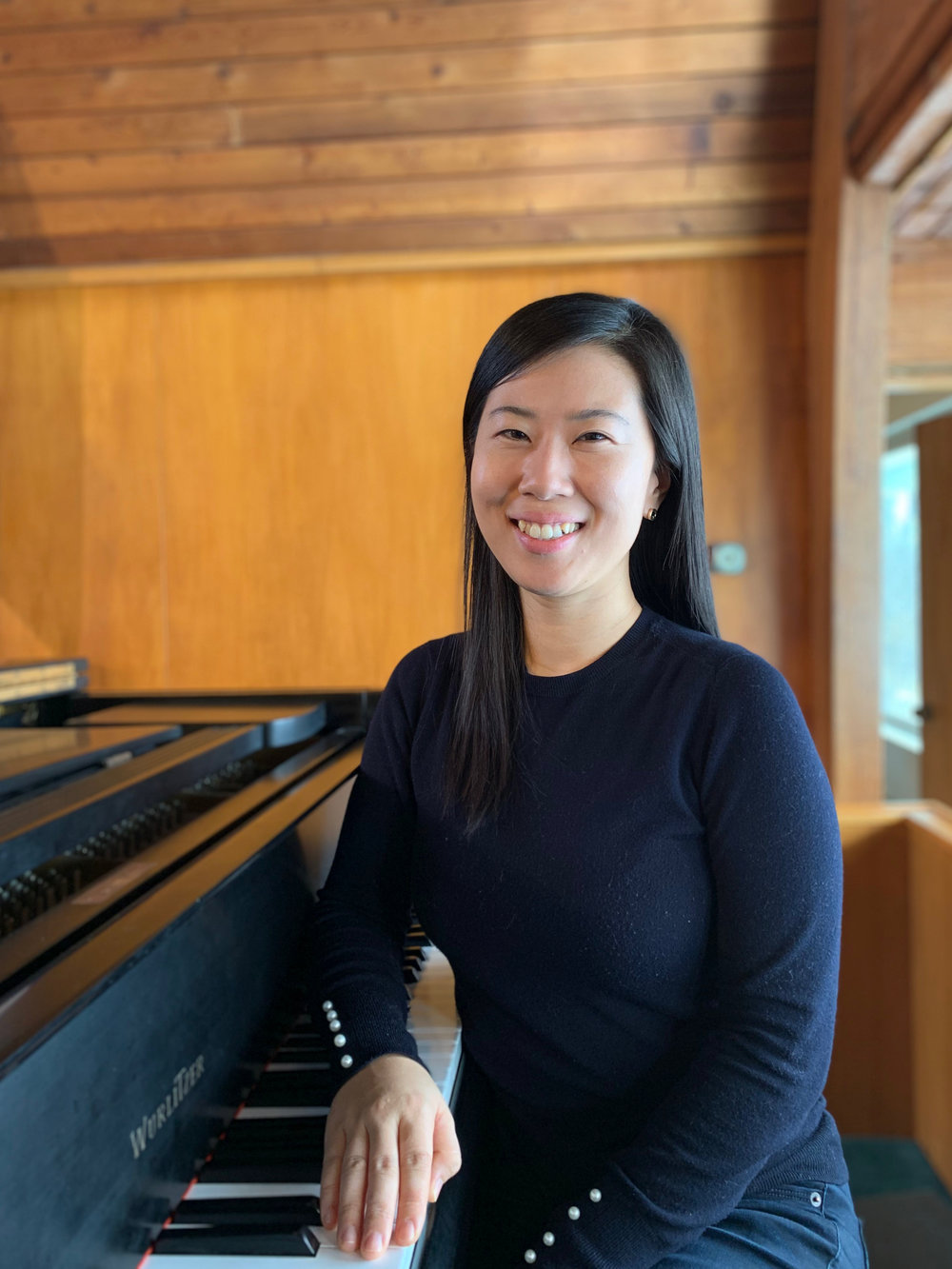 Dr. Seulgee Lee, piano -