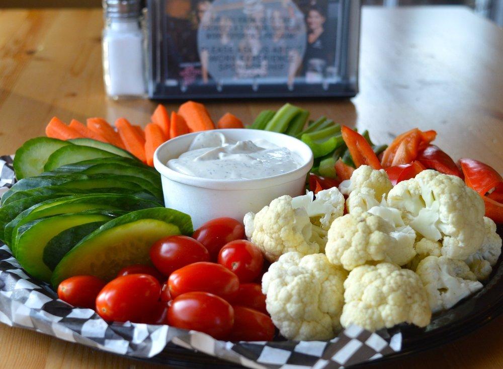 """12"""" Crisp Vegetable Platter"""