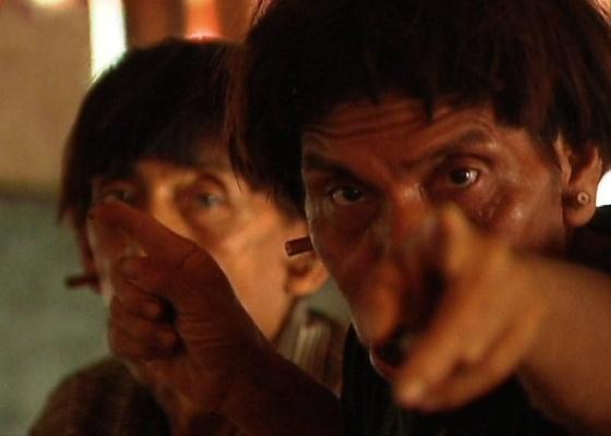 cena-do-filme-segredos-da-tribo-de-jose-padilha-1270676773620_560x400.jpg