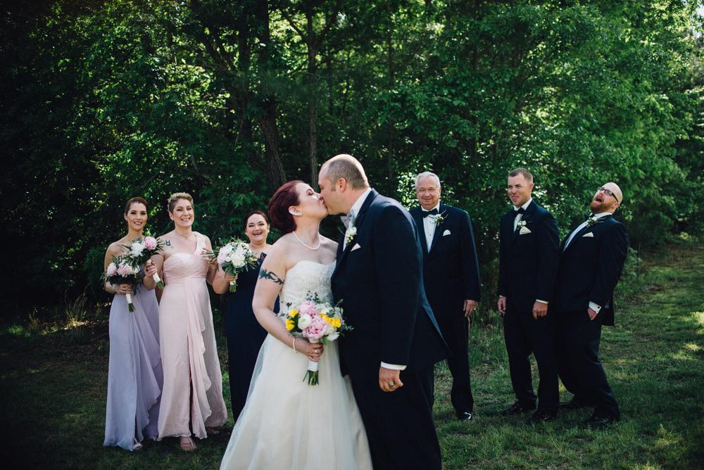 harleys-haven-windsor-virginia-wedding-photographer-destination-photographer_alice_in_wonderland_themed_wedding_28