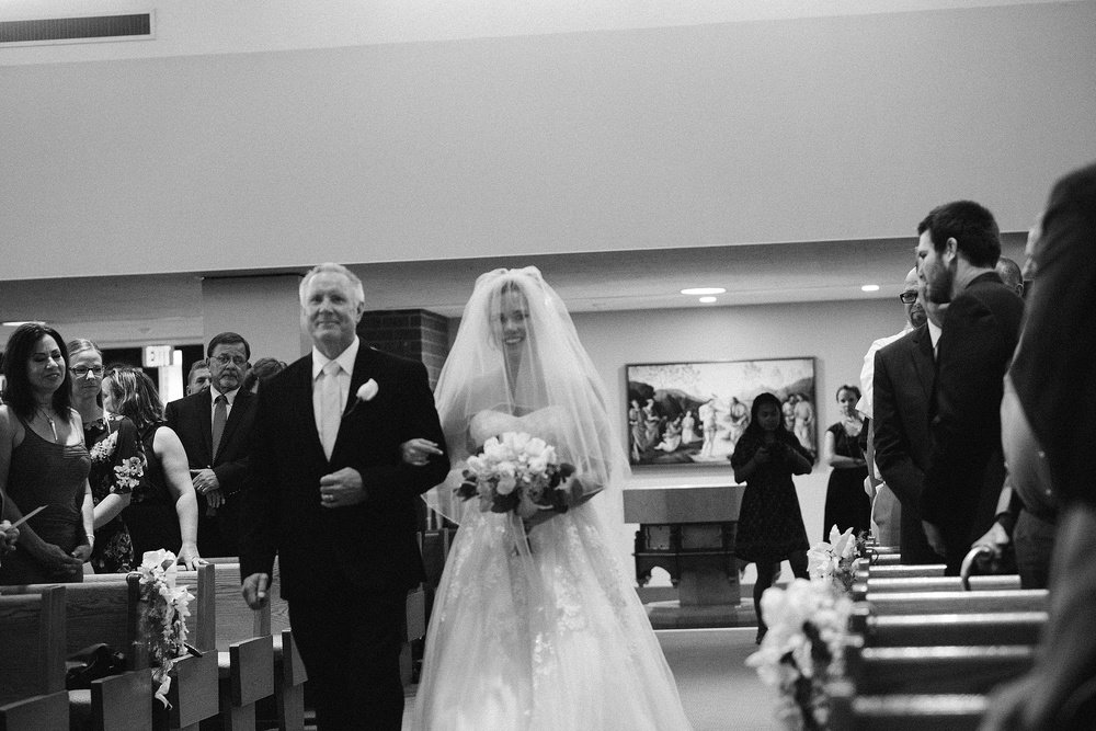 st-charles-catholic-church-fort-wayne-indiana-wedding-photographer-1