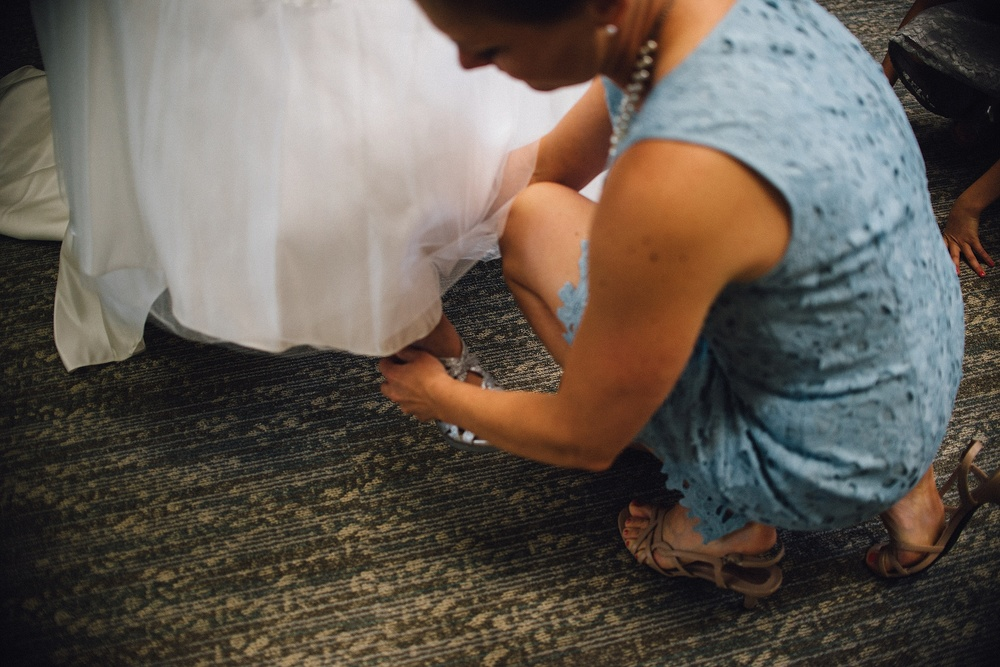 davids-bridal-fort-wayne-indiana-wedding-photographer-5