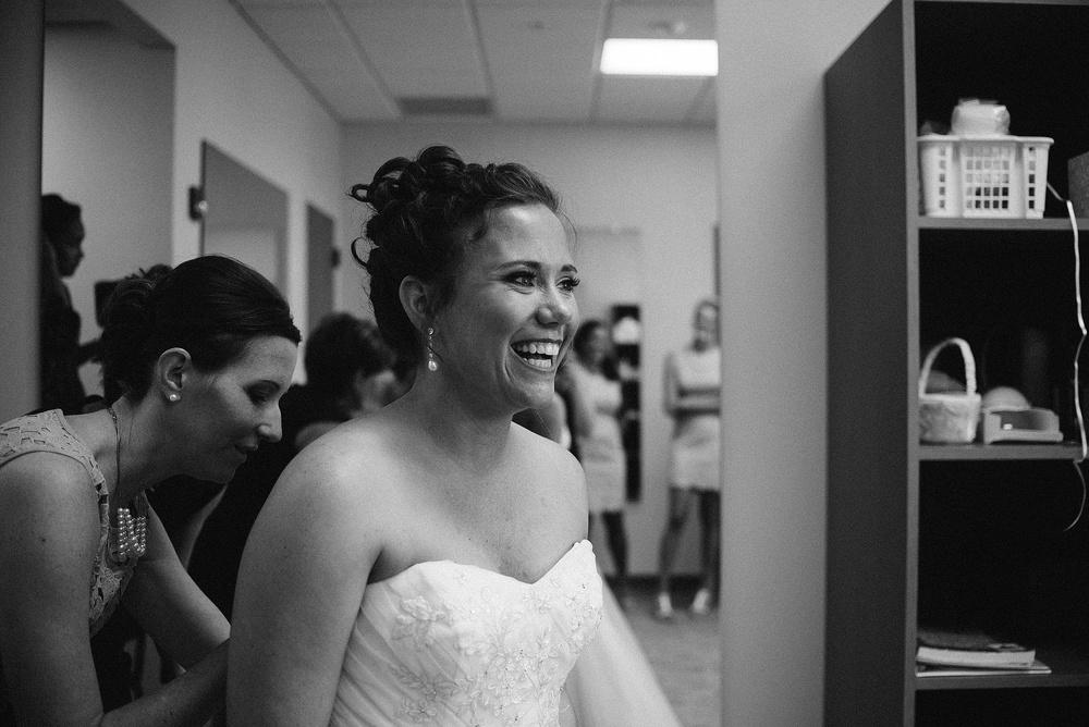 wendys-bridal-fort-wayne-indiana-wedding-photographer-4