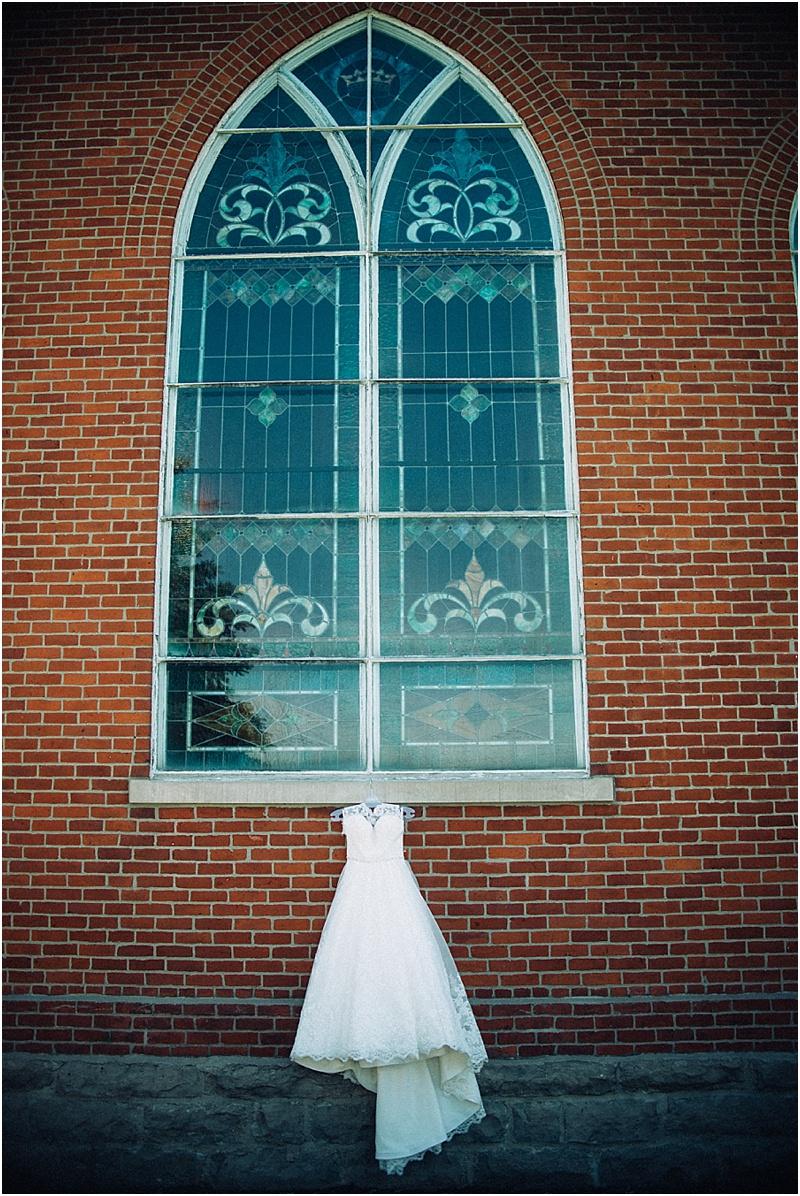 wendys-bridal-whimsical-midwest-wedding-fort-wayne-wedding-photographer-chapel