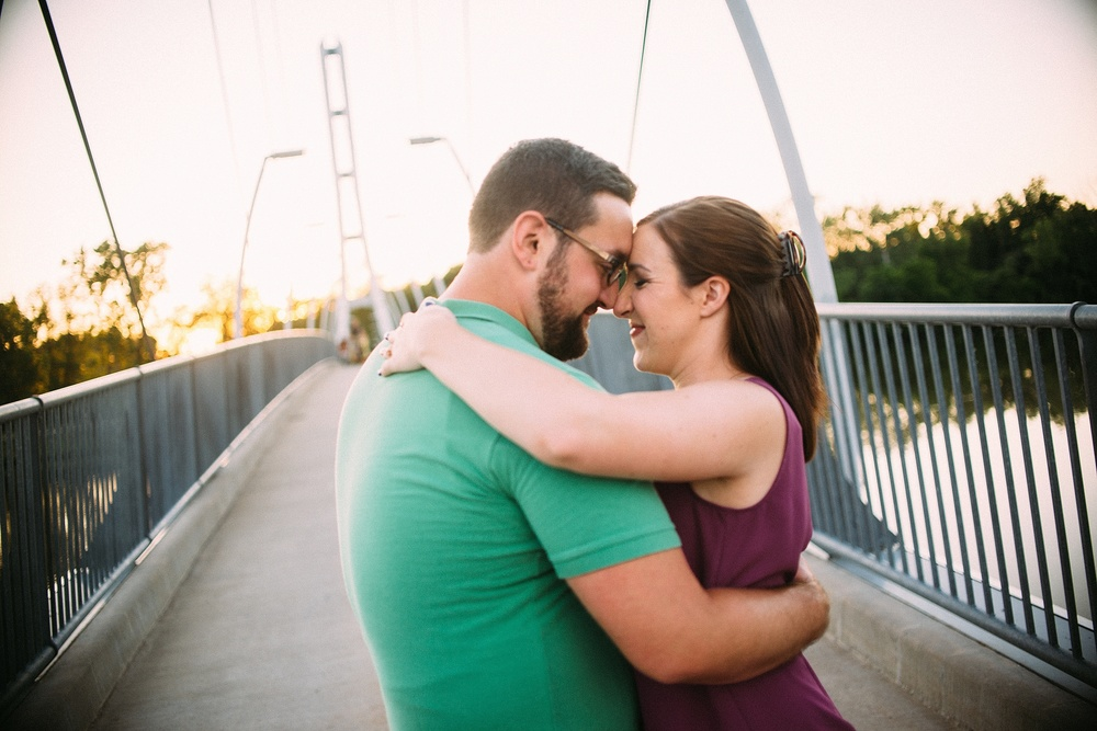 ipfw-engagement-session-photos-fort-wayne-destination-photographer-17