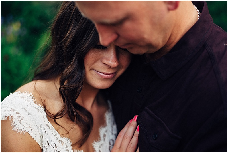 headwaters-park-engagement-session-fort-wayne-wedding-photographer-15