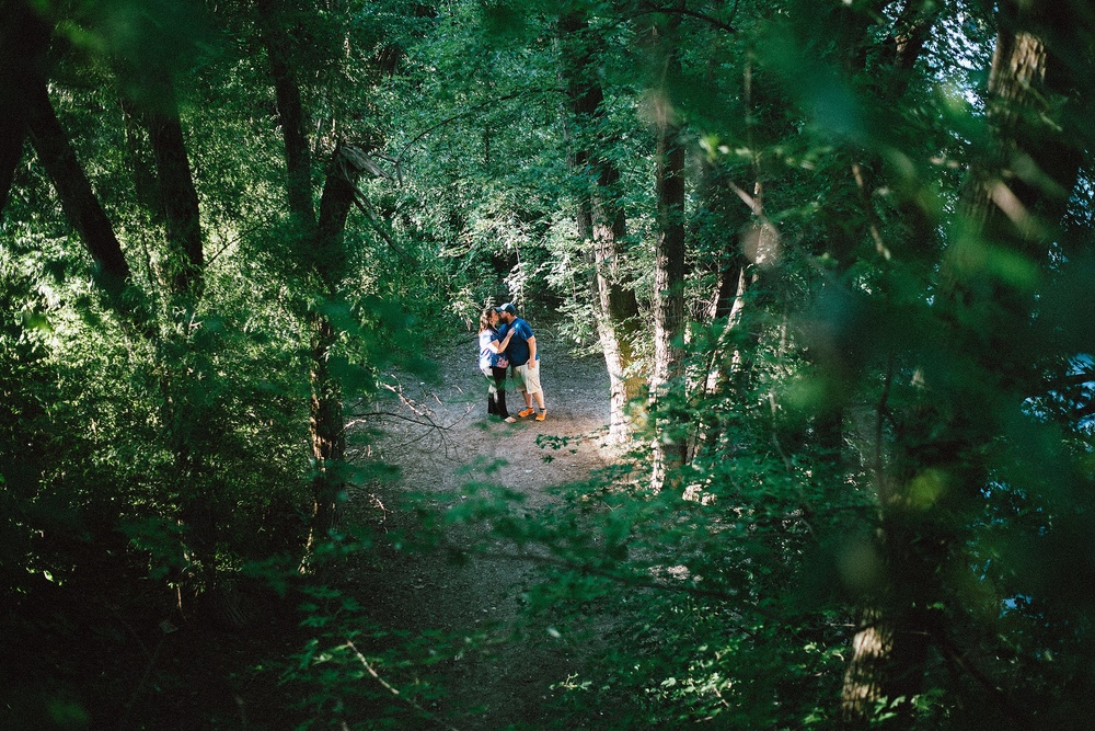 headwaters-park-fort-wayne-engagement-wedding-photographer-14