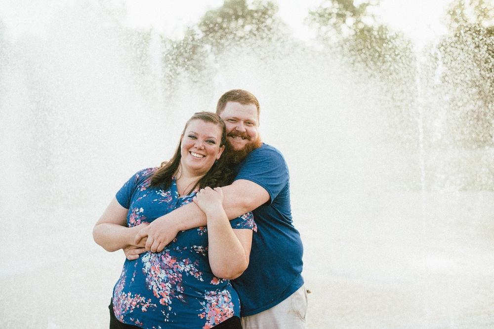 headwaters-park-fort-wayne-engagement-wedding-photographer-19