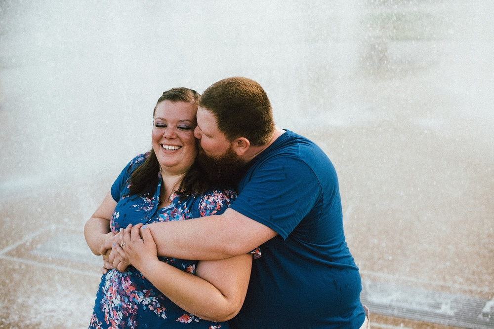 headwaters-park-fort-wayne-engagement-wedding-photographer-20