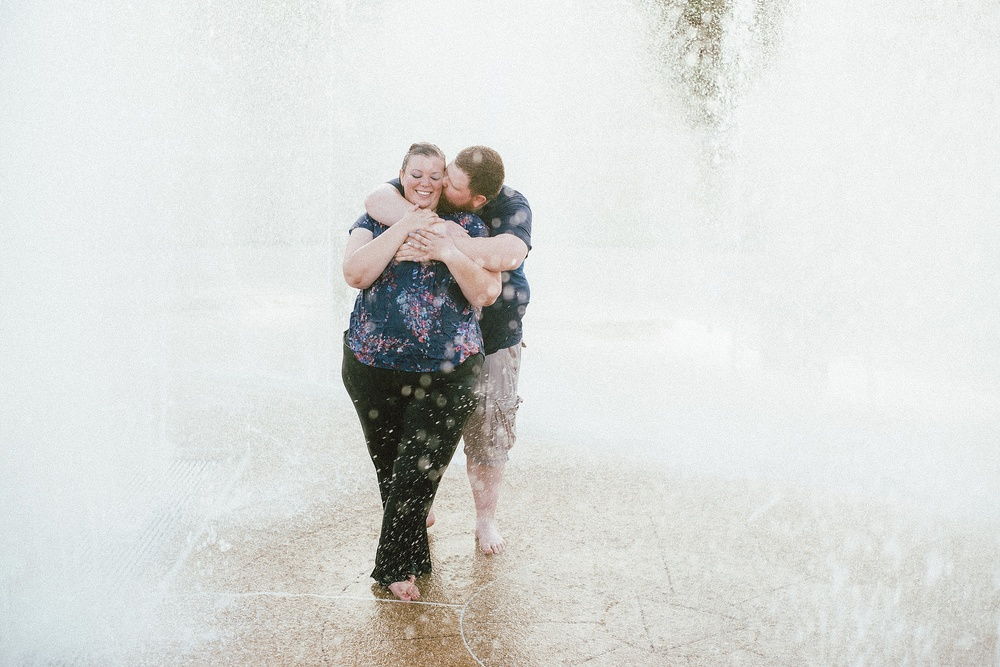 headwaters-park-fort-wayne-engagement-wedding-photographer-24